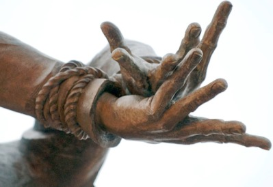 Katyn Soldier memorial. Detail. Photo by Alina Oswald