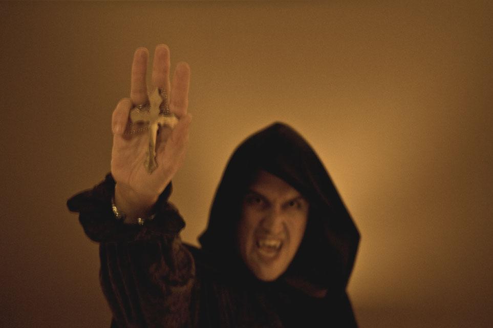 """I'm Not Afraid!"" Vampire photography by Alina Oswald."
