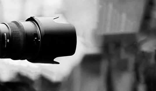 Lens in black and white.