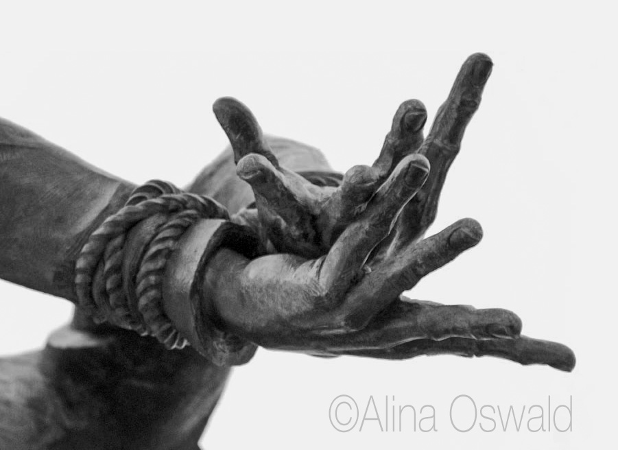 Katyn Soldier memorial - hands detail. Photo by Alina Oswald.