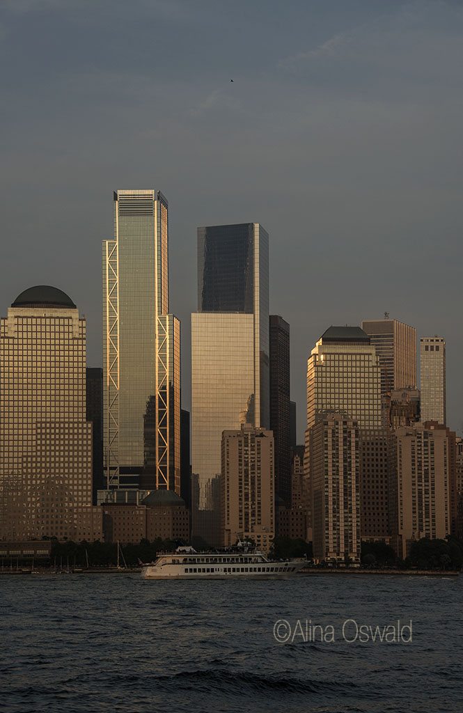 Lower Manhattan at Sunset. Photo by Alina Oswald.