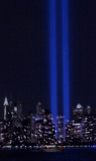 9/11 Tribute Lights photographed with a Lensbaby Composer (heart-shaped creative aperture ring). Photo by Alina Oswald.
