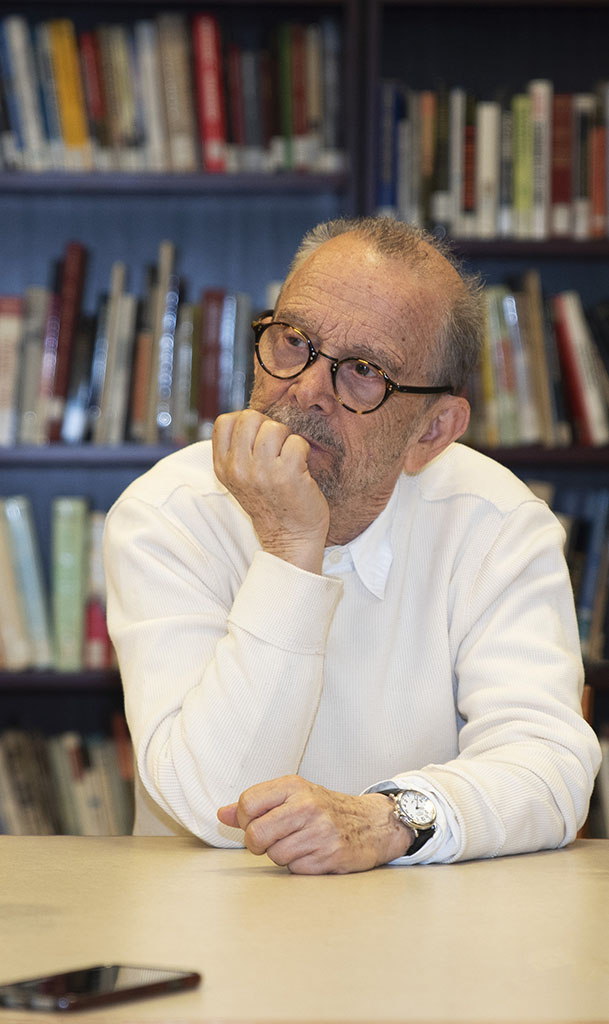 Academy award-winner Joel Grey directs the all-star cast American premier of the Yiddish landuage Fiddler on the Roof. Here, Joel Grey talks to the press on June 4, before starting rehearsals, at the Museum of Jewish Heritage.