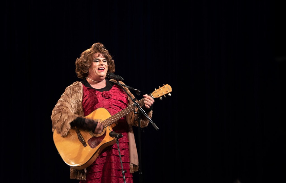 Rev. Yolanda performing on Ron B's show, No Boundaries Up Close and Personal, at MNN in NYC. Photo by ALina Oswald.