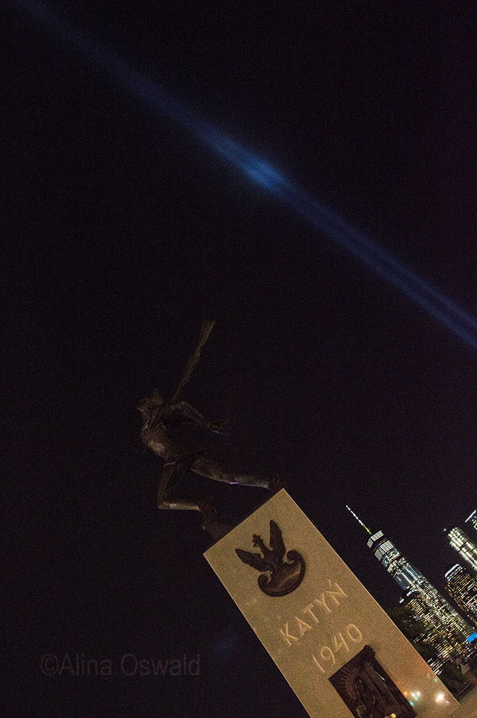 Katyn Soldier Memorial and 9/11 Tribute in Light, September 11. Photo by Alina Oswald.