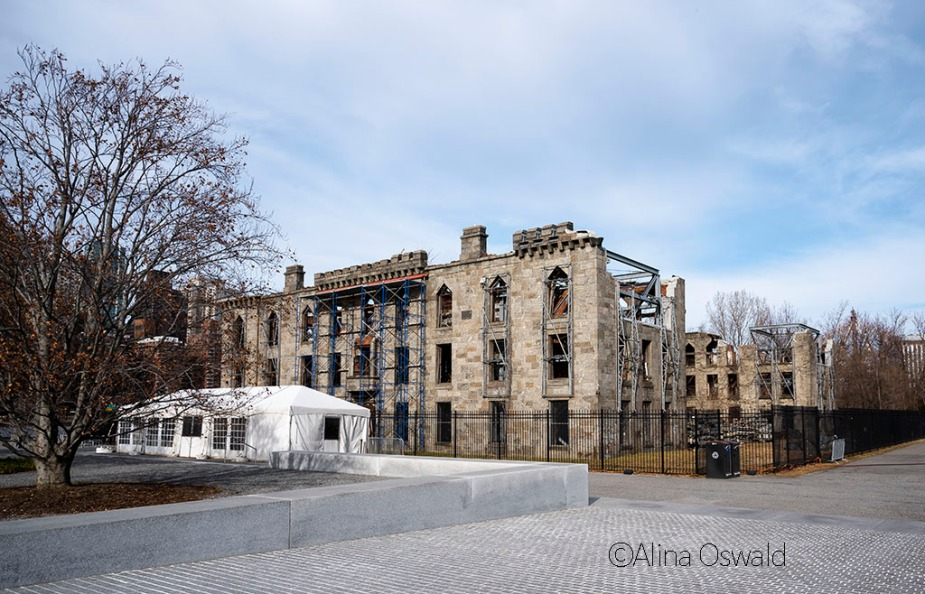 Ruins of Smallpox Hospital. Roosevelt Island, NYC. Photo by Alina Oswald.